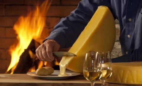 Raclette - Uma maneira deliciosa de reunir amigos!