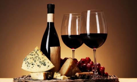 Vinhos e queijos, a combinação perfeita