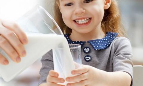 Los ecuatorianos consumieron un 8% más de litros de leche en 2019